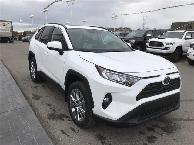 2019 Toyota RAV4 XLE (Stk: 190253) in Cochrane - Image 7 of 14