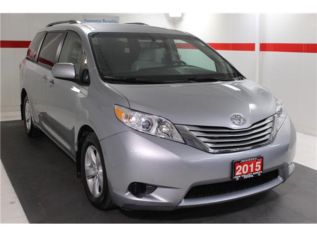 2015 Toyota Sienna LE 8 Passenger (Stk: 298081S) in Markham - Image 2 of 27