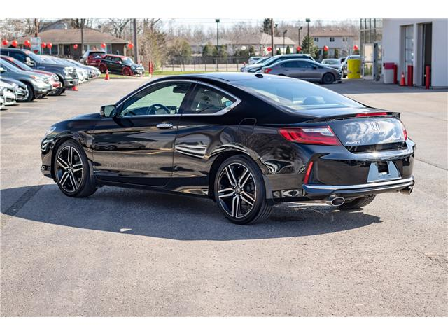 2017 Honda Accord Touring (Stk: U19219) in Welland - Image 2 of 30