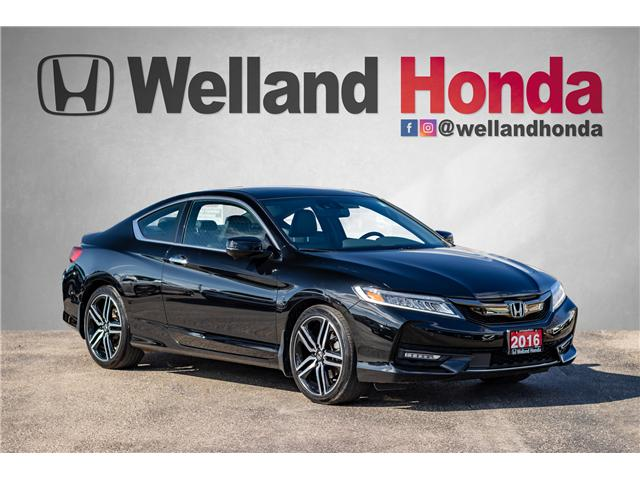 2017 Honda Accord Touring (Stk: U19219) in Welland - Image 1 of 30