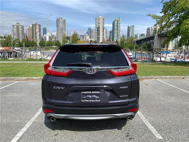2017 Honda CR-V Touring (Stk: 2K00021) in Vancouver - Image 10 of 24
