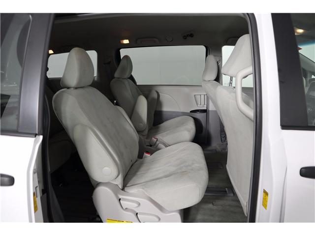 2014 Toyota Sienna Base (Stk: 52451) in Huntsville - Image 13 of 28