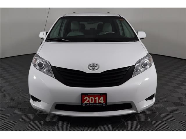 2014 Toyota Sienna Base (Stk: 52451) in Huntsville - Image 2 of 28