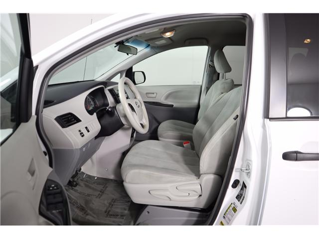 2014 Toyota Sienna Base (Stk: 52451) in Huntsville - Image 20 of 28