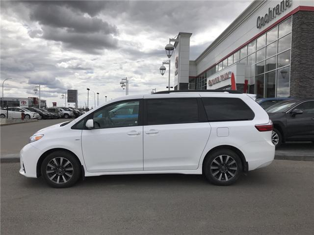 2019 Toyota Sienna LE 7-Passenger (Stk: 2846) in Cochrane - Image 2 of 14
