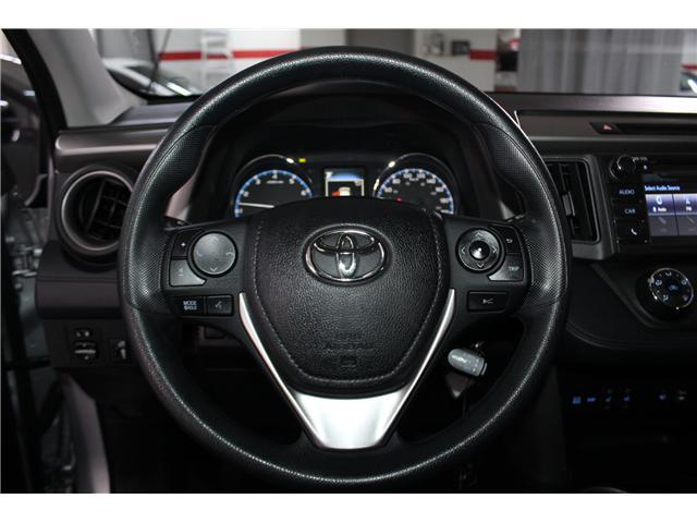 2018 Toyota RAV4 LE (Stk: 298154S) in Markham - Image 9 of 24