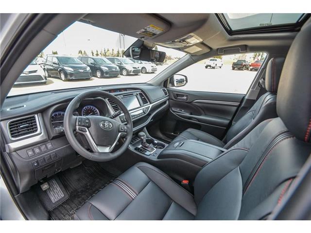 2019 Toyota Highlander XLE AWD SE Package (Stk: HIK089) in Lloydminster - Image 3 of 16