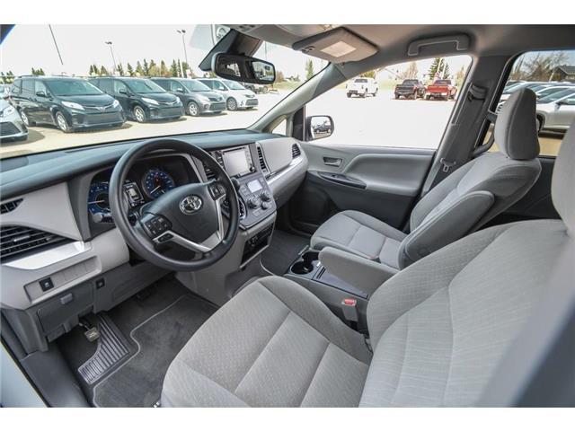 2019 Toyota Sienna LE 8-Passenger (Stk: SIK097) in Lloydminster - Image 3 of 15