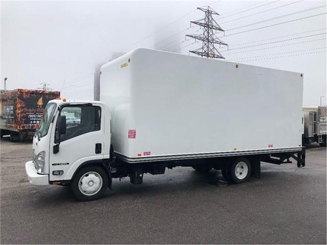 2015 Isuzu NRR SOLD!Used 2015 Isuzu 20' Body & Tailgate Loader (Stk: ST300197T) in Toronto - Image 2 of 15