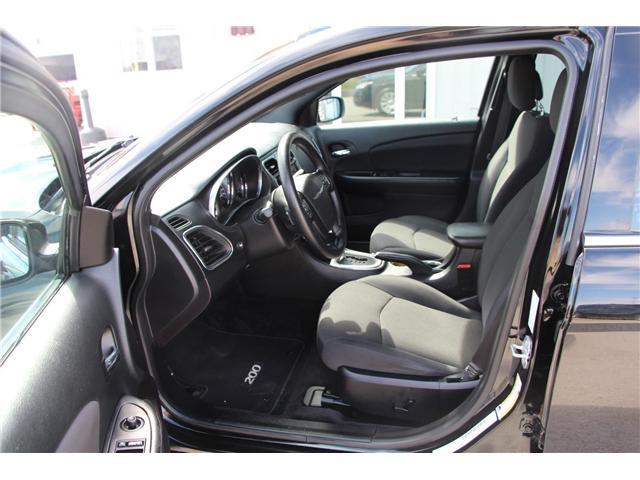 2014 Chrysler 200 LX (Stk: P9096) in Headingley - Image 9 of 21