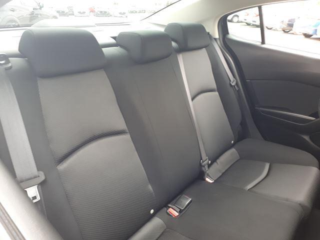 2018 Mazda Mazda3 GX (Stk: P5910) in Milton - Image 8 of 10