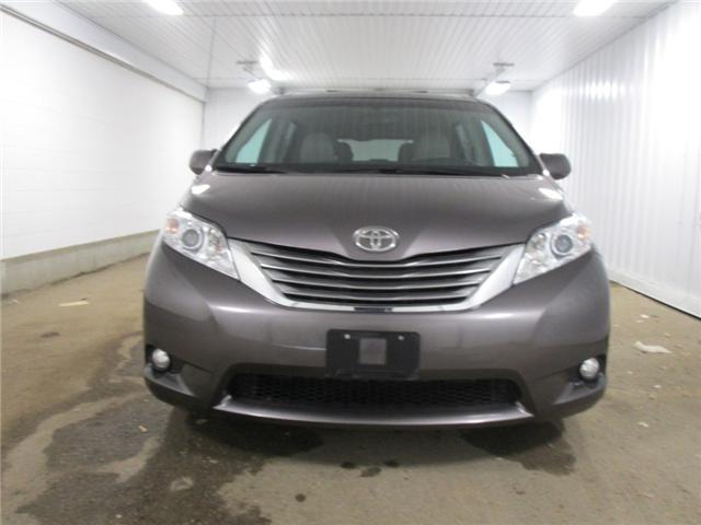 2013 Toyota Sienna V6 7 Passenger (Stk: F170596) in Regina - Image 2 of 31
