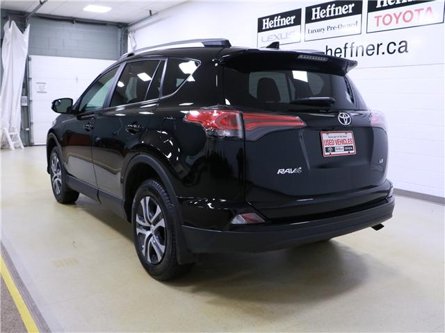2017 Toyota RAV4 LE (Stk: 195312) in Kitchener - Image 2 of 27