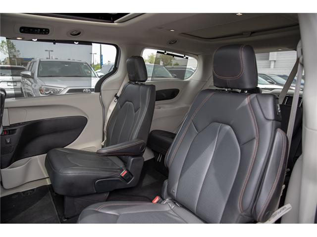 2018 Chrysler Pacifica Touring-L Plus (Stk: EE908800) in Surrey - Image 11 of 26