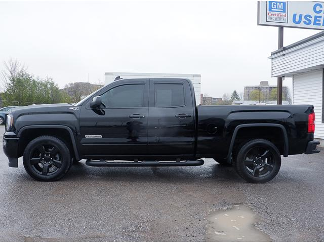 2017 GMC Sierra 1500 SLE (Stk: 19537A) in Peterborough - Image 2 of 18