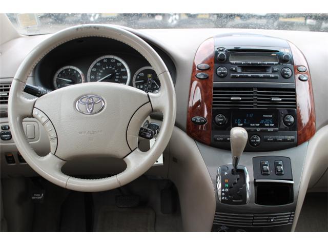 2004 Toyota Sienna XLE 7 Passenger (Stk: C634585B) in Courtenay - Image 4 of 10