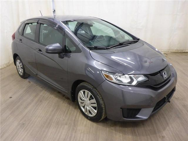 2015 Honda Fit LX (Stk: 19050851) in Calgary - Image 1 of 27
