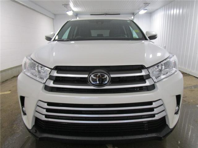 2019 Toyota Highlander LE AWD Convenience Package (Stk: 193338) in Regina - Image 2 of 32