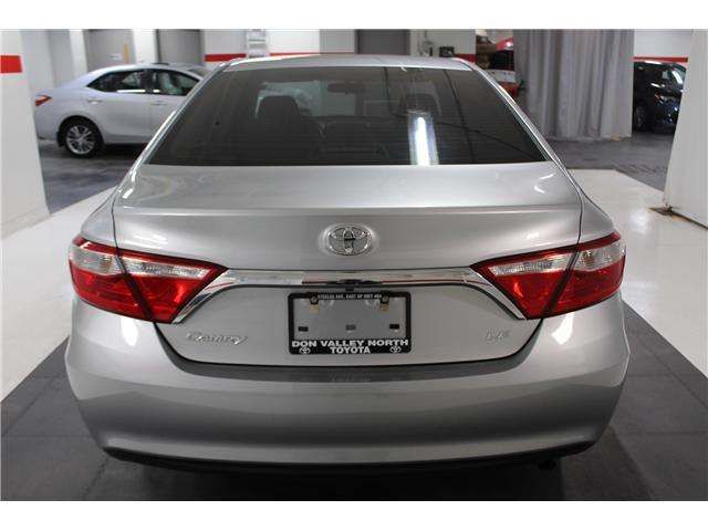 2016 Toyota Camry LE (Stk: 297982S) in Markham - Image 20 of 24