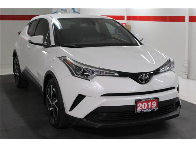 2019 Toyota C-HR XLE (Stk: 298204S) in Markham - Image 2 of 25