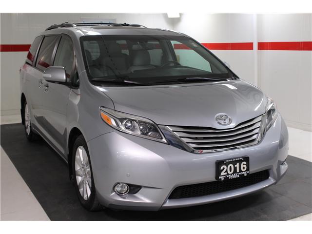 2016 Toyota Sienna Limited 7-Passenger (Stk: 298181S) in Markham - Image 2 of 28