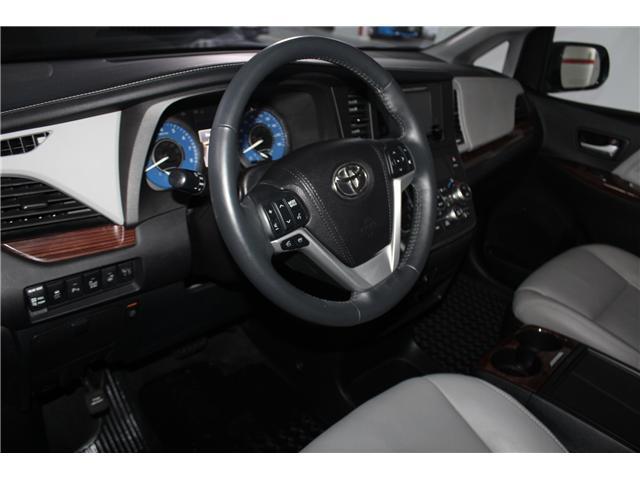2016 Toyota Sienna Limited 7-Passenger (Stk: 298181S) in Markham - Image 10 of 28