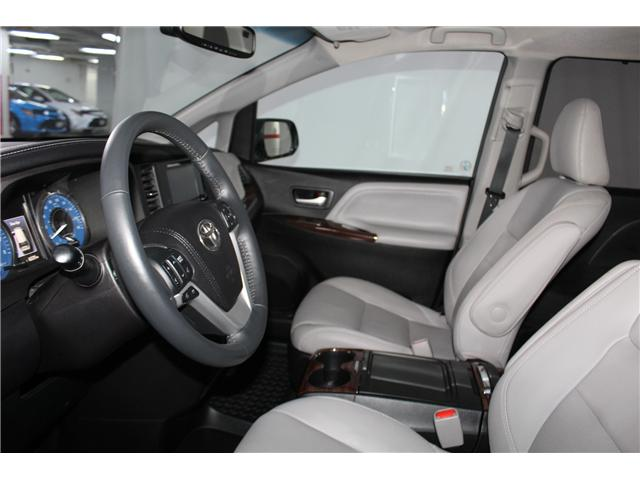 2016 Toyota Sienna Limited 7-Passenger (Stk: 298181S) in Markham - Image 7 of 28