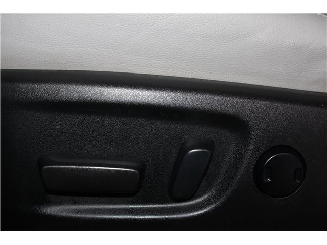 2016 Toyota Sienna Limited 7-Passenger (Stk: 298181S) in Markham - Image 8 of 28
