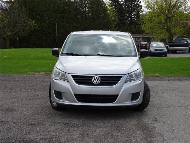 2011 Volkswagen Routan Trendline (Stk: ) in Oshawa - Image 2 of 13