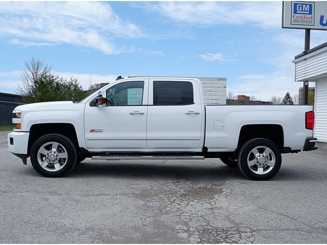 2019 Chevrolet Silverado 2500HD LT (Stk: P19005) in Peterborough - Image 2 of 18