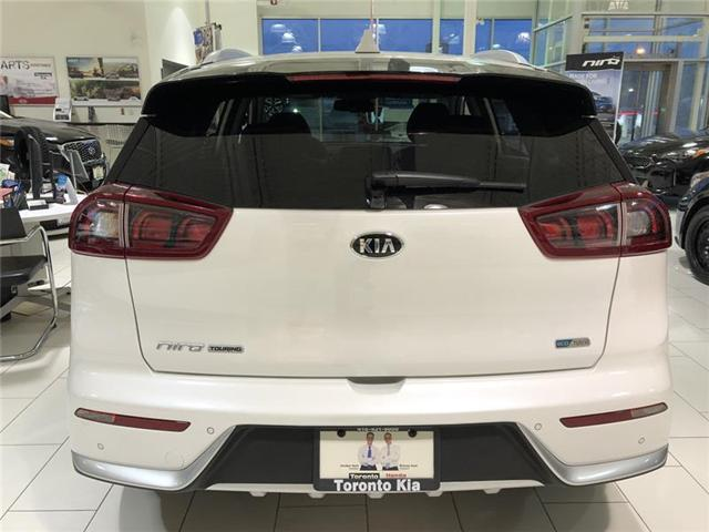 2019 Kia Niro SX Touring (Stk: K190197) in Toronto - Image 3 of 17
