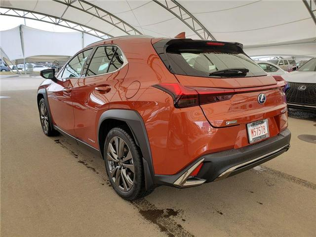 2019 Lexus UX 250h Base (Stk: L19456) in Calgary - Image 3 of 5