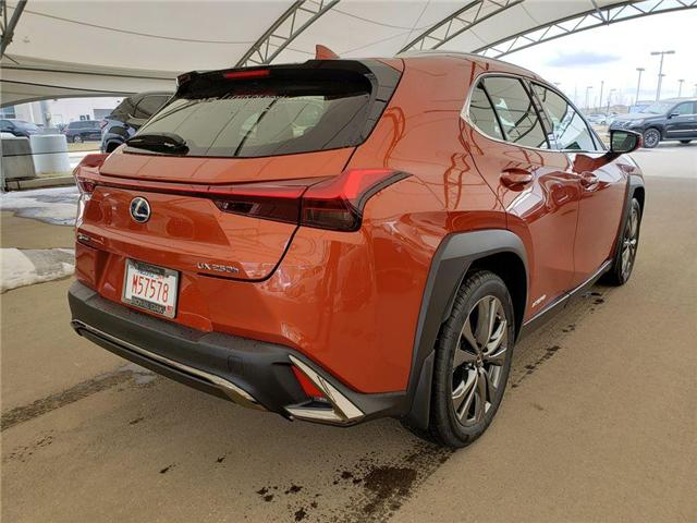 2019 Lexus UX 250h Base (Stk: L19456) in Calgary - Image 4 of 5