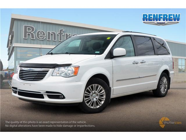 2015 Chrysler Town & Country Touring-L (Stk: SLH286A) in Renfrew - Image 2 of 20