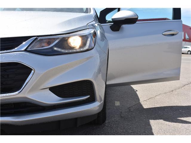 2018 Chevrolet Cruze LT Auto (Stk: p36337c) in Saskatoon - Image 11 of 24