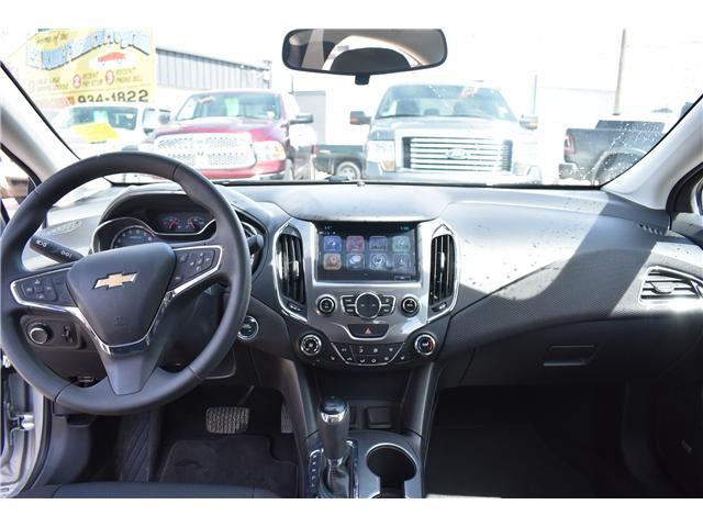 2018 Chevrolet Cruze LT Auto (Stk: p36592) in Saskatoon - Image 12 of 23