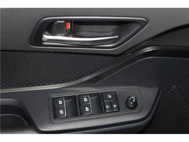 2018 Toyota C-HR XLE (Stk: 298131S) in Markham - Image 6 of 25