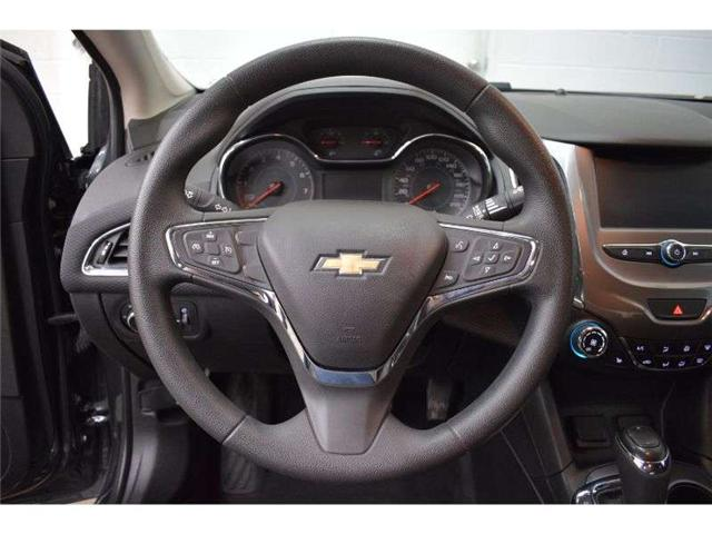 2018 Chevrolet Cruze LT - BACKUP CAMERA * HEATED SEATS * TOUCH SCREEN (Stk: B3951) in Cornwall - Image 13 of 30