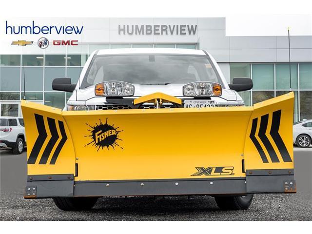 2019 Chevrolet Silverado 2500HD WT (Stk: 19SL042) in Toronto - Image 2 of 15