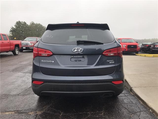 2016 Hyundai Santa Fe Sport 2.4 Premium (Stk: 21806) in Pembroke - Image 4 of 8