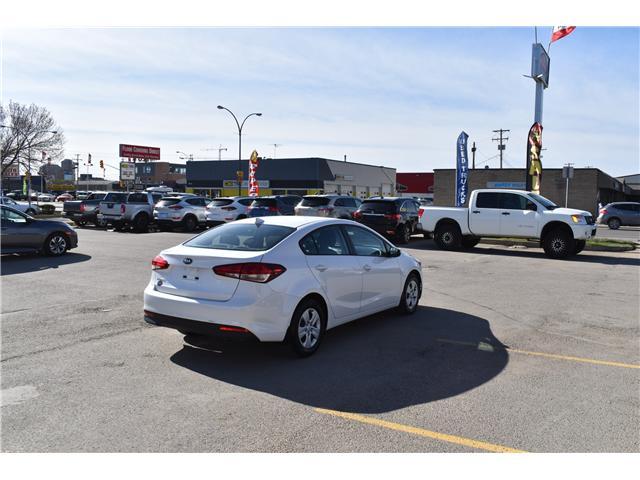 2017 Kia Forte LX+ (Stk: PP452) in Saskatoon - Image 5 of 25