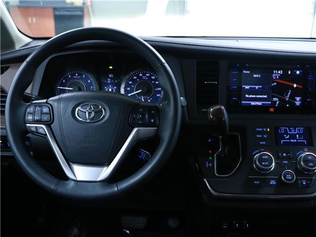 2016 Toyota Sienna XLE 7 Passenger (Stk: 195359) in Kitchener - Image 8 of 33