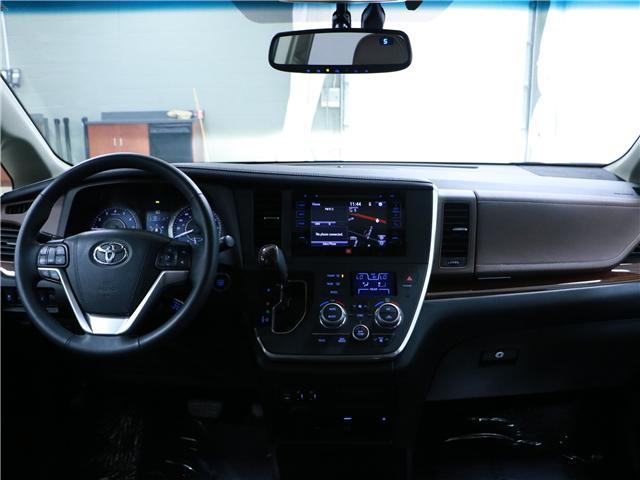 2016 Toyota Sienna XLE 7 Passenger (Stk: 195359) in Kitchener - Image 7 of 33