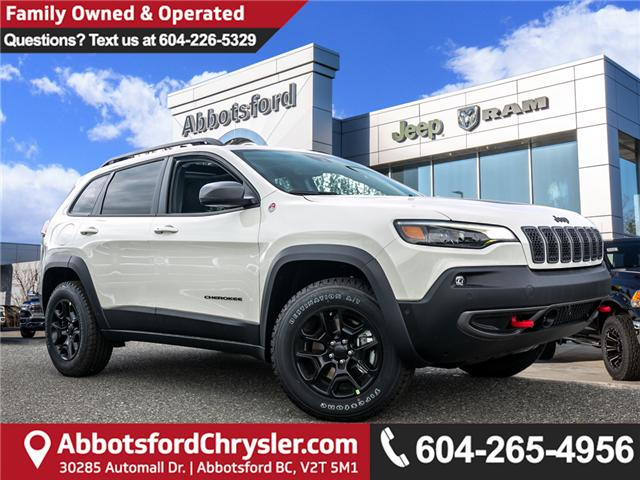 2019 Jeep Cherokee Trailhawk (Stk: K430547) in Abbotsford - Image 1 of 25