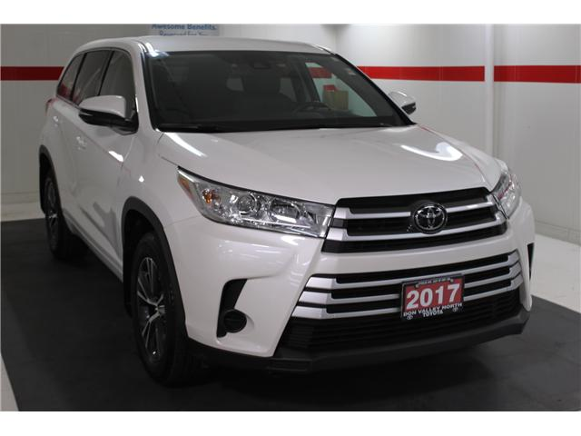 2017 Toyota Highlander LE (Stk: 298136S) in Markham - Image 2 of 24