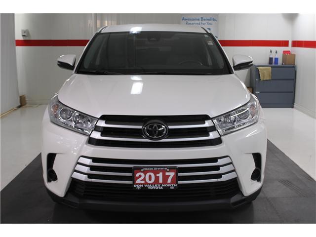 2017 Toyota Highlander LE (Stk: 298136S) in Markham - Image 3 of 24