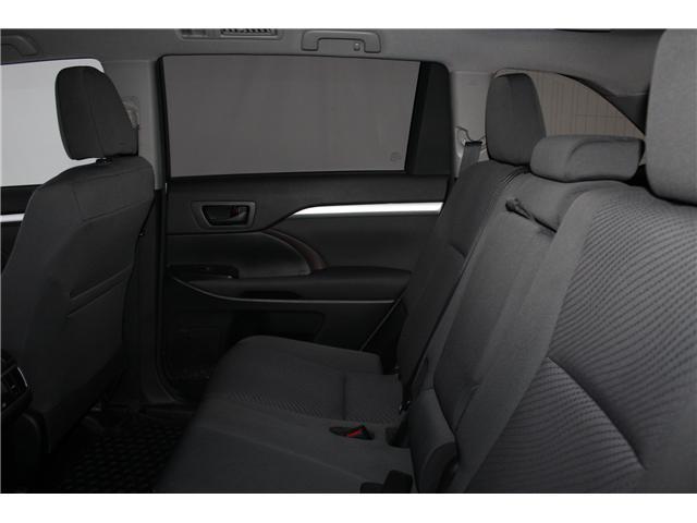 2017 Toyota Highlander LE (Stk: 298136S) in Markham - Image 18 of 24