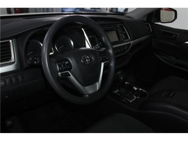 2017 Toyota Highlander LE (Stk: 298136S) in Markham - Image 8 of 24