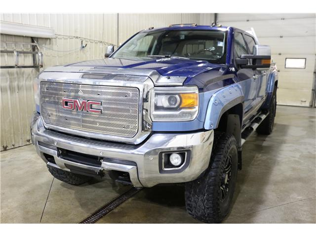 2015 GMC Sierra 2500HD SLT (Stk: KT052A) in Rocky Mountain House - Image 1 of 20