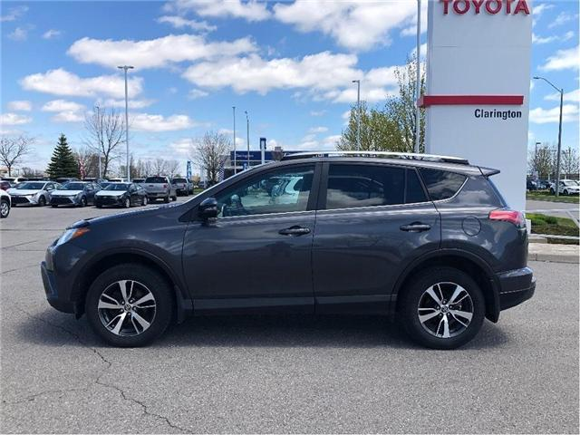 2017 Toyota RAV4 XLE (Stk: P2262) in Bowmanville - Image 2 of 25